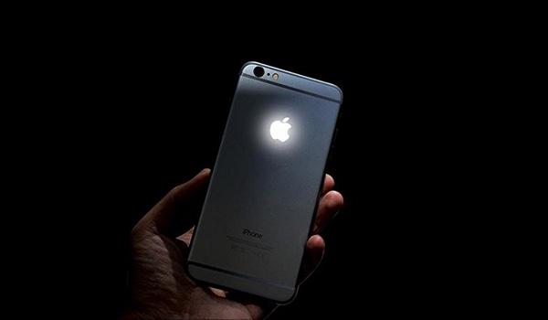 apple-logo-iPhone
